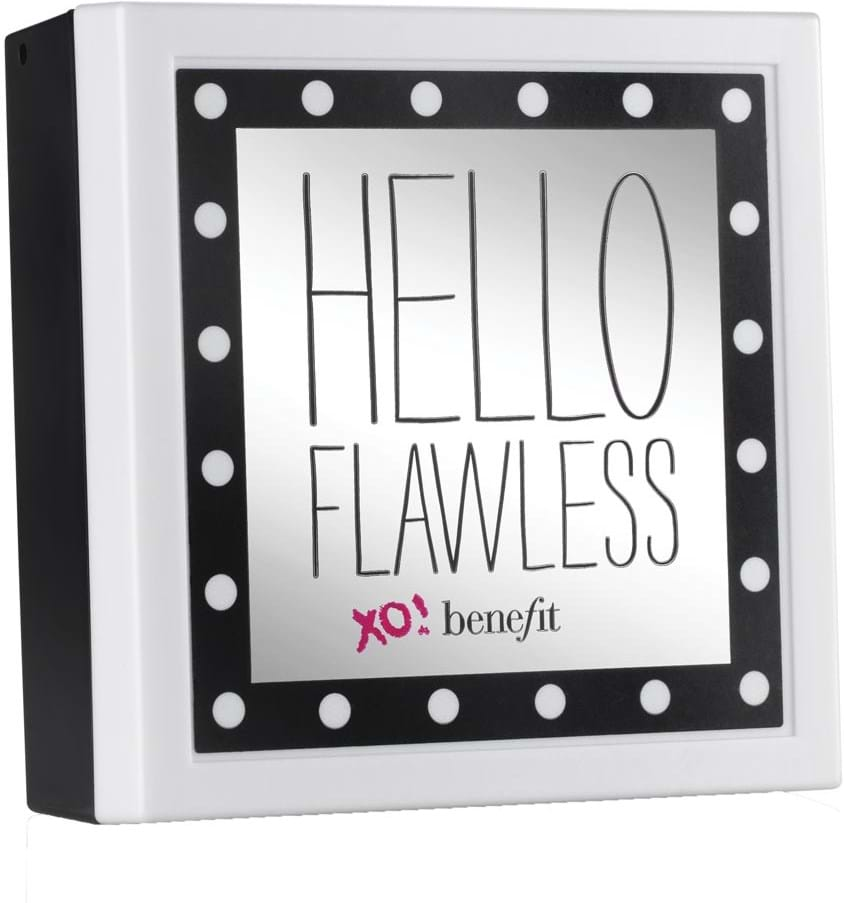 Benefit Hello Flawless pudderfoundation All The World's My Stage