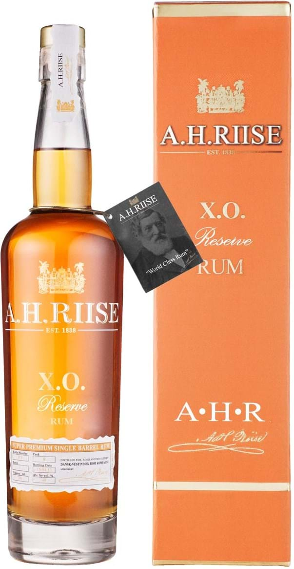 A.H. Riise XO Reserve Rum 40% 0.7L giftpack