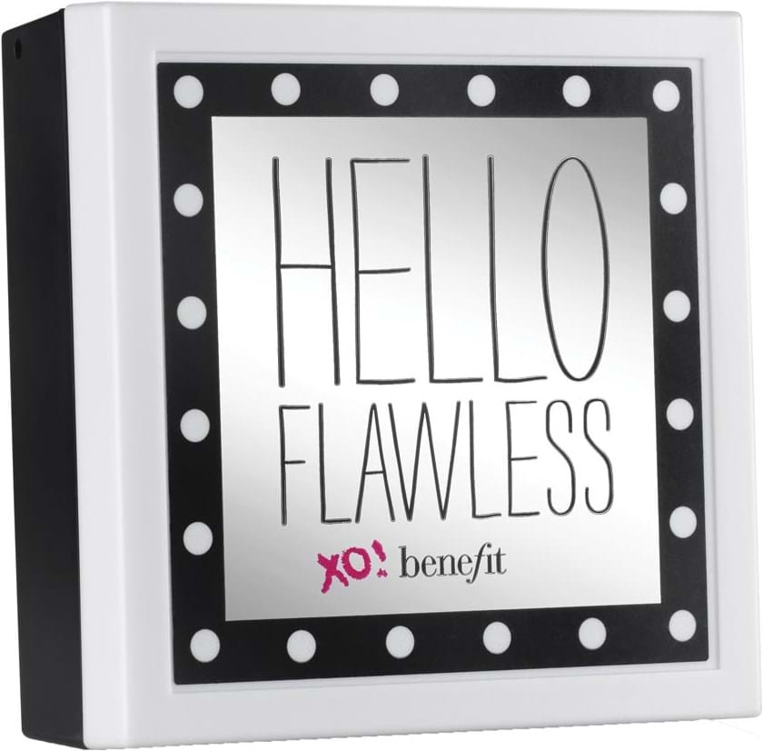 Benefit Hello Flawless pudderfoundation Why Walk When You Can Strut